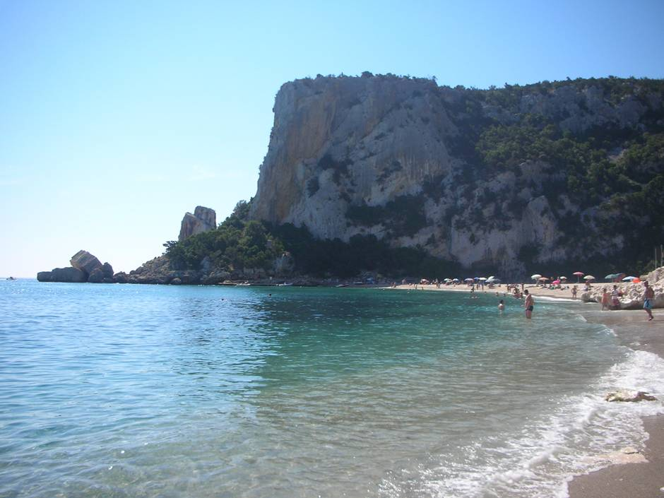 Best beaches in Sardinia: Cala Luna