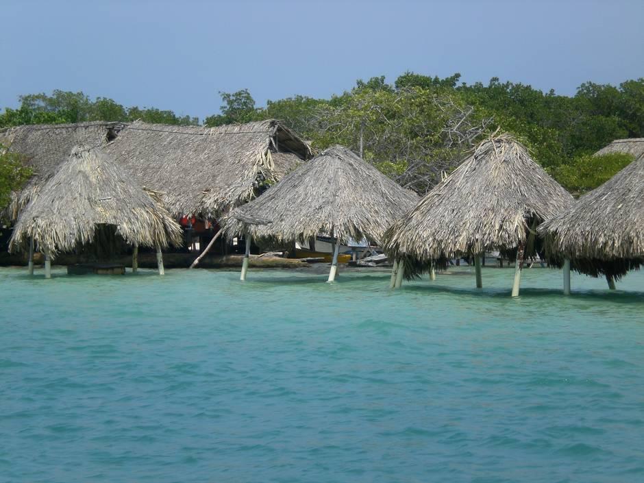 Best beaches in Colombia! Islas del Rosario, Colombia