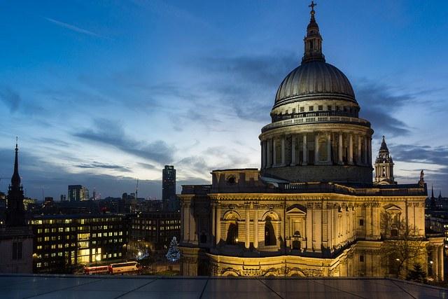 Iconic London - photo courtesy of barnyz (flickr)